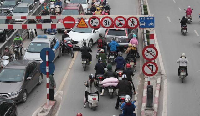 Tác hại của việc chạy - dừng liên tục đối với động cơ ô tô